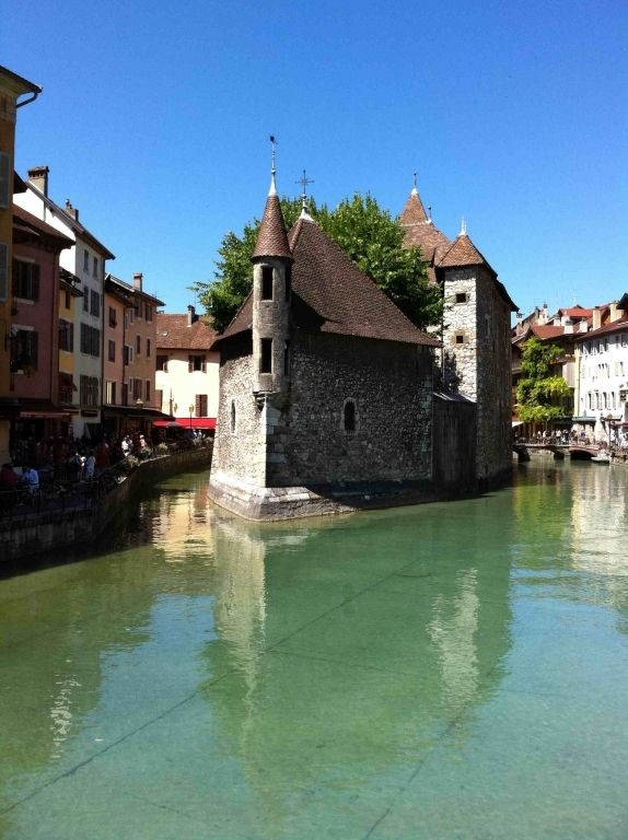 annecy--pontarlier-